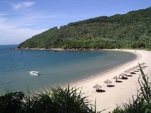 Bãi biển Mỹ Khê của Đà Nẵng đã được tạp chí Forbes (Mỹ) bình chọn là một trong 6 bãi biển quyến rũ nhất hành tinh.