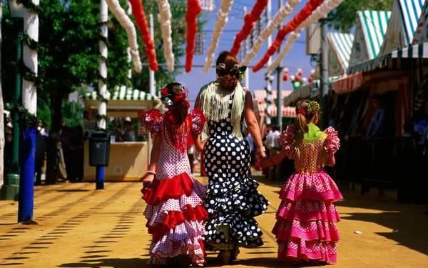 """Chiếc váy Flamenco là một """"đặc sản"""" của Tây Ban Nha."""