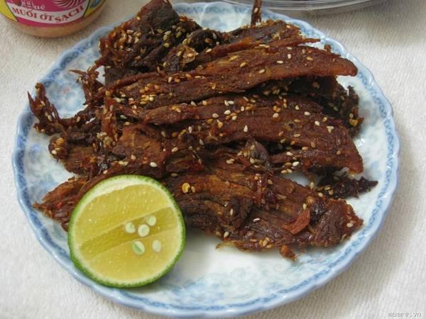 Nai khô là món ăn được yêu thích nhất trong các món thịt nai được chế biến.