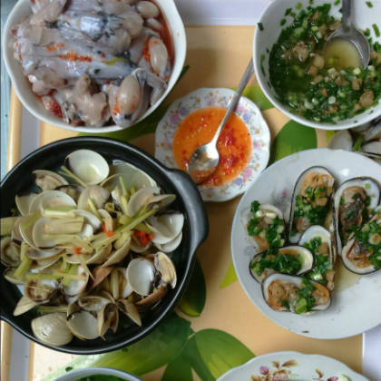 banh-canh-hu-tieu-dam-huong-vi-bien-vung-tau-ivivu-3