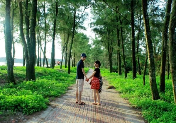 Con đường Tình yêu lãng mạn. Ảnh: Pystravel