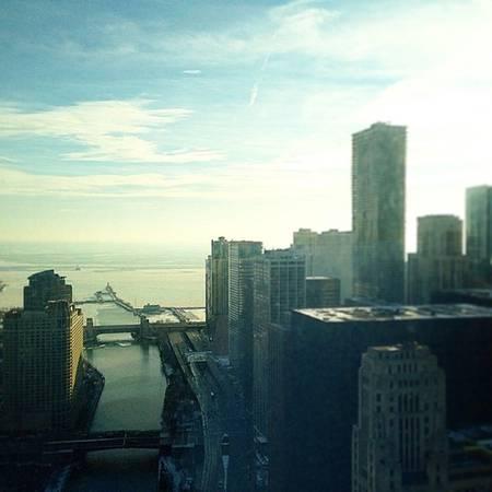 Tháp khách sạn Quốc tế - Chicago, Mỹ
