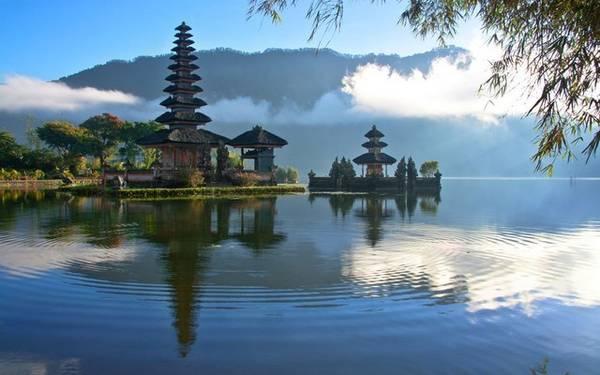 Bali: Giá phòng trung bình là 86 Bảng Anh (khoảng 2,82 triệu đồng), giảm 15%.