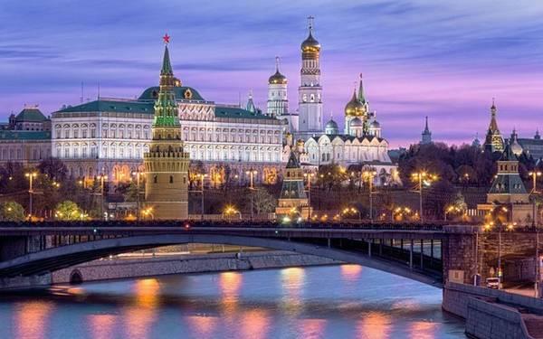 Moscow: Giá phòng trung bình là 128 Bảng Anh (khoảng 4,2 triệu đồng), giảm 18% so với cùng kỳ năm ngoái.