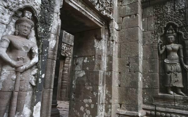 Wat Phou là đền thờ xưa nhất ở Lào.