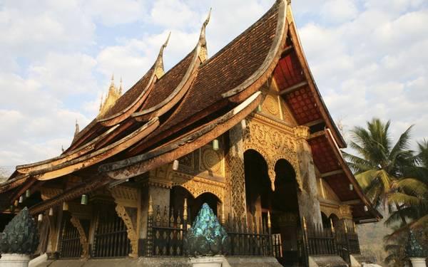 Vẻ đẹp của ngôi chùa Wat Xieng Thong