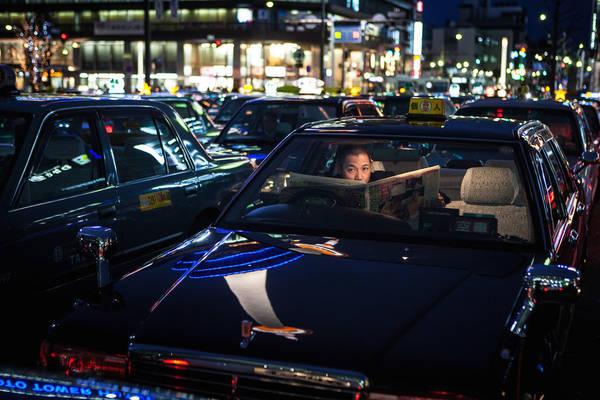 Kyoto, Nhật Bản lúc 01:00 AM. Tác phẩm 'When The Night Is Still' (Khi Đêm vẫn còn), chụp bởi nhiếp ảnh gia Massimo Ferrero.