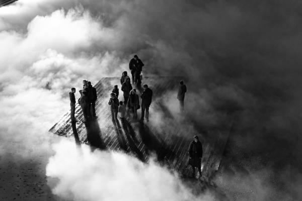 Lille, Pháp lúc 9:00 PM: 'Fog in the City' (Sương mù trong thành phố), chụp bởi nhiếp ảnh gia Francois Dorey.