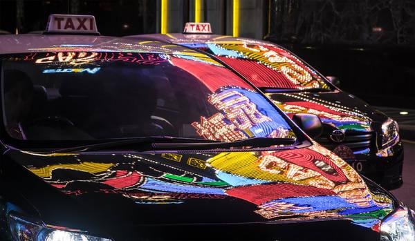 Macau lúc 02:00 AM. Tác phẩm 'Taxi', chụp bởi nhiếp ảnh gia Mario Pereda Berga.