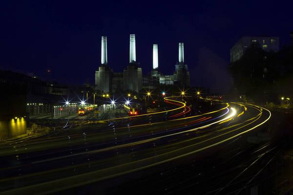 London, Anh lúc 11:00 PM. Tác phẩm 'The Winding Commute', chụp bởi nhiếp ảnh gia Simon Dawson.