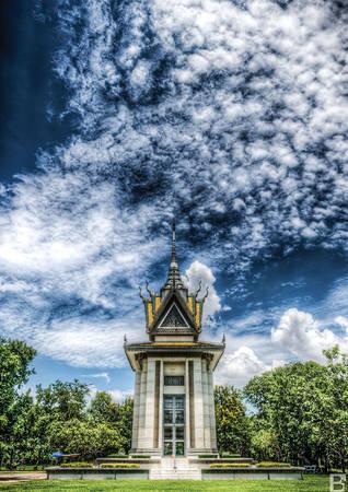 Đài tưởng niệm các nạn nhân xấu số tại Cánh đồng Chết, cách thủ đô Phnom Penh gần 20 km.