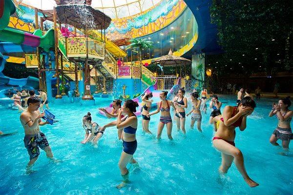 Bức ảnh được tác giả chụp tại công viên nước Vinpearl ở Royal City, Hà Nội