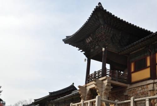 ba-ngoi-chua-dep-nhat-han-quoc-ivivu-4