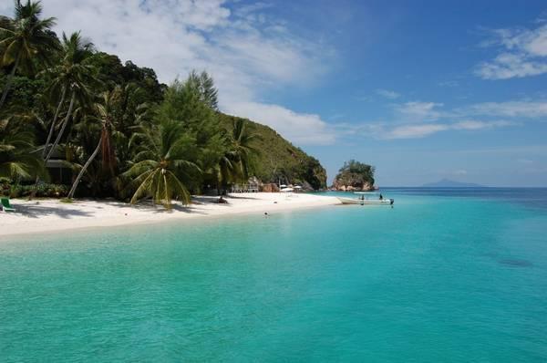 Khung cảnh bình yên của đảo Rawa. Ảnh: Lipstiq.com