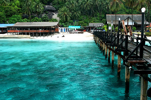 Đảo Aur là một điểm đến quen thuộc của những người yêu thích bộ môn lặn biển. Ảnh: Lipstiq.com