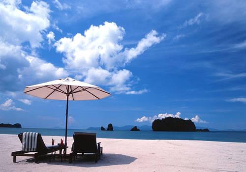TanJung Rhu là một trong những bãi biển đẹp nhất tại Langkawi. Ảnh: Lipstiq.com
