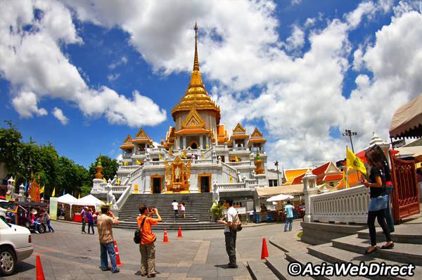 Toàn cảnh chùa nhìn từ bên ngoài. Ảnh: Bangkok.com