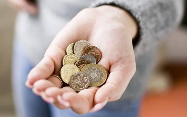 Hãy bắt đầu tiết kiệm tiền để thực hiện những chuyến đi sắp tới. Ảnh: Telegraph
