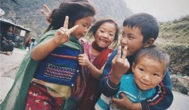 Trẻ em Nepal rất thân thiện với du khách.