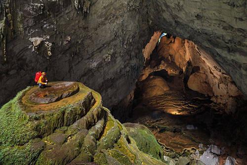Dự kiến 18h ngày 9/5, những thước phim về Sơn Đoòng và hang Én sẽ được phát sóng trực tiếp trên truyền hình Mỹ. Ảnh: Oxalis