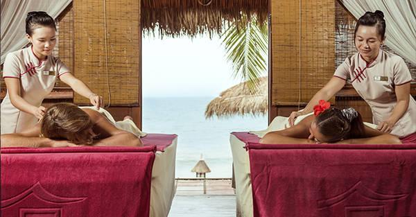 Sau phút giây chơi đùa, bạn có thể thư giãn với dịch vụ spa chuyên nghiệp tại khu resort.