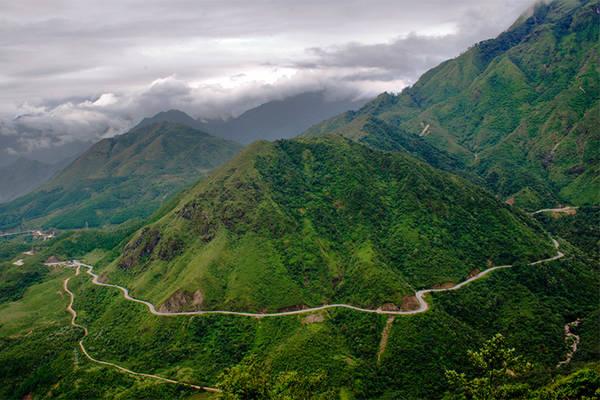 Đèo Ô Quy Hồ – Lào Cai. Ảnh: Saigoneer