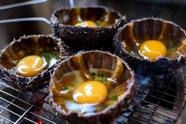 Món Cầu Gai chưng trứng.