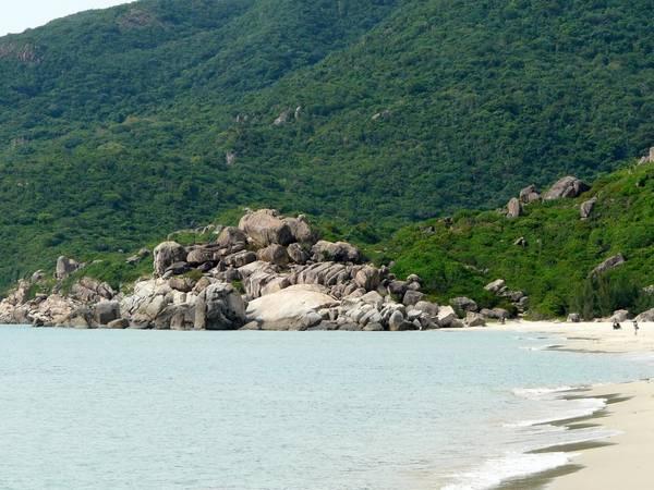 Vẻ đẹp ấn tượng của bãi Bình Tiên.