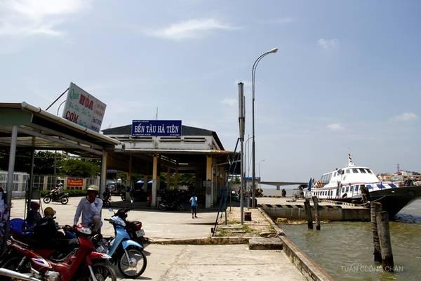 Description: Bến tàu Hà Tiên. Ảnh: Cuongchan.com