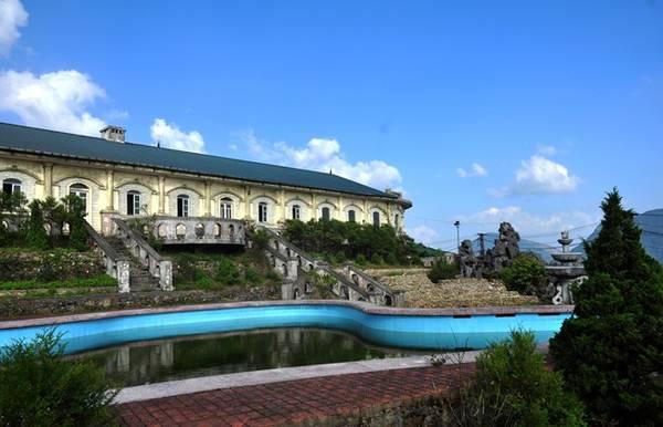 Ngày nay Mẫu Sơn còn lưu giữ rất nhiều biệt thự kiểu Pháp cổ. Nguồn ảnh: Vietnamnet