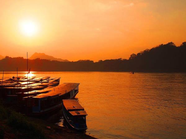 Hoàng hôn trên sông Mekong. Ảnh: lifetoreset.wordpress.com
