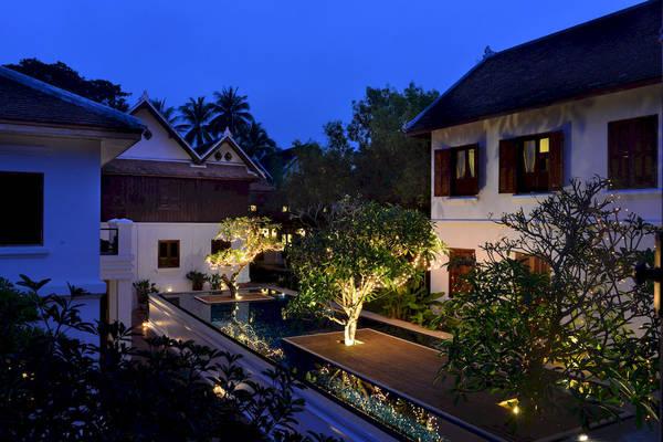 Được xây dựng trên vị trí đẹp nhất bên sông Mekong và nhìn ra ngôi chùa nổi tiếng Wat Xiengthong, Victoria Xiengthong Palace sở hữu một vẻ đẹp lung linh, huyền ảo.