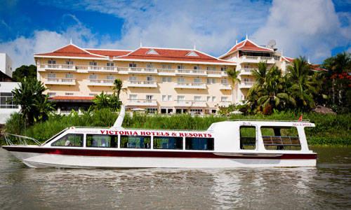 Tàu cao tốc Victoria Speedboat là phương tiện di chuyển độc đáo trên sông Mê Kông