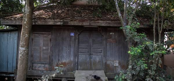 Một ngôi nhà cổ ở làng Chăm. Ảnh: buffalotours.com