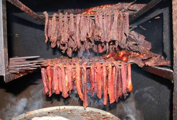 """Món thịt sấy """"Khăng gai"""". Ảnh: camnangphuot.com"""
