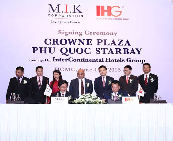 Lễ kí kết giữa Tập đoàn đầu tư & phát triển bất động sản M.I.K và Tập đoàn IHG (Intercontinental Hotels Group) - một trong những tập đoàn quản lý khách sạn hàng đầu thế giới.