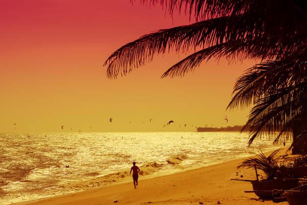 Mới đây, Mũi Né được trang SkyScanner liệt kê vào danh sách những bãi biển đẹp nhất khu vực châu Á Thái Bình Dương. Ảnh: Vnexpress