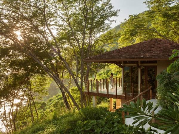 <strong>Khách sạn có khu sinh thái đẹp nhất: </strong>Mukul Beach, Golf & Spa, Guacalito de La Isla, Nicaragua. Giá phòng từ 500 USD/mỗi đêm. Ảnh: Jetsetter