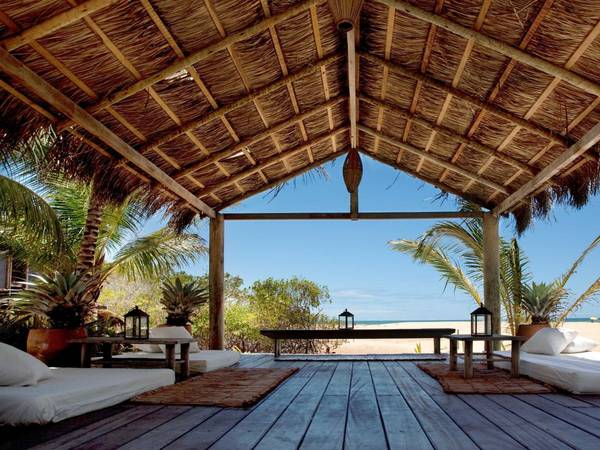 <strong>Khách sạn ngắm biển đẹp nhất: </strong>Uxua Casa Hotel &amp; Spa, Transcoso, Brazil. Giá phòng từ 388 USD/mỗi đêm. Ảnh: Jetsetter