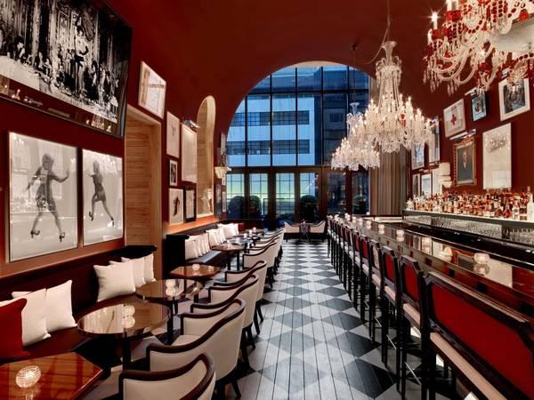 <strong>Khách sạn sang trọng nhất: </strong>Baccarat Hotel and Residences, New York, Mỹ. Giá phòng từ 795 USD/mỗi đêm. Ảnh: Jetsetter