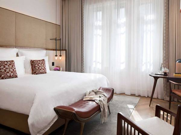 <strong>Khách sạn có các Boutique tốt nhất: </strong>The Norman Tel Aviv, Tel Aviv, Israel. Giá phòng từ 415 USD/mỗi đêm. Ảnh: Jetsetter
