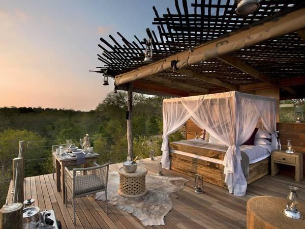 <strong>Khách sạn gần gũi với thiên nhiên nhất: </strong>Lion Sands River Lodge, Vườn quốc gia Kruger, Nam Phi. Giá phòng từ 2.129 USD/mỗi đêm. Ảnh: Jetsetter