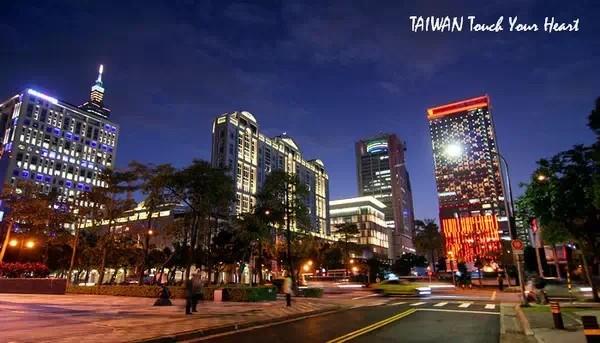 5. Uống trà chiều quý tộc ở cửa hàng phụ nữ quý tộc. Cửa hàng vô cùng sang trọng nằm ở quận Xinyi của Đài Bắc, có rất nhiều đồ uống cao cấp độc quyền. Vì vậy nơi đây nay là điểm gặp gỡ quen thuộc của những phụ nữ quý tộc của Đài Loan.