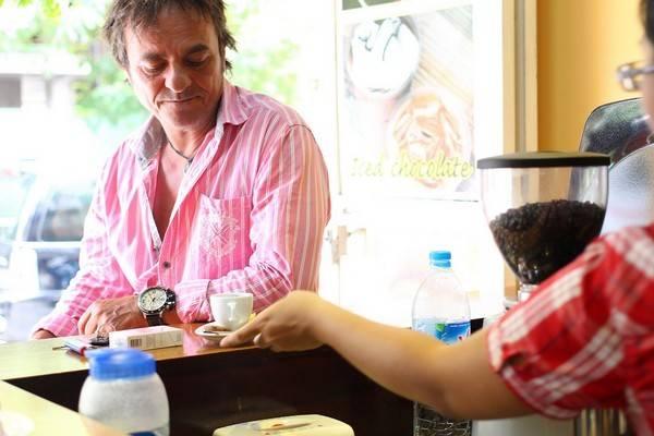 <strong>Cuppa Coffee:</strong> Nằm trên đường Biệt Thự, quán cà phê nhỏ xinh này được lòng các vị khách quốc tế với cà phê và trà ngon, nhân viên phục vụ thân thiện, nhiệt tình.