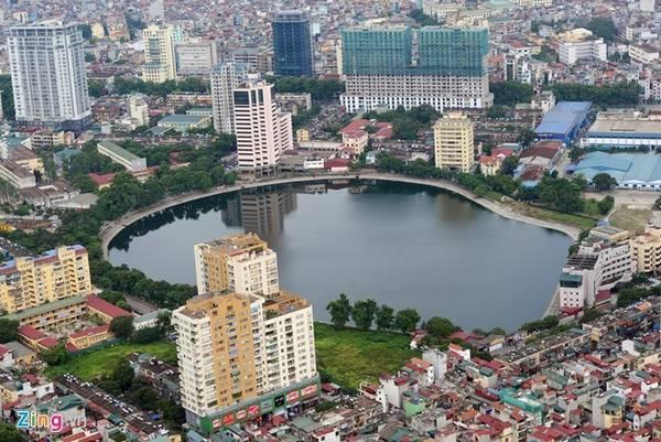 Tuy nhận không ít lời phàn nàn về dịch vụ, song, đây vẫn là thành phố mà du khách trong và ngoài nước đều muốn đến một lần trong đời. Ảnh: Anh Tuấn.