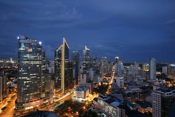 Thủ đô Manila nổi bật vớinhững tòa nhà cao tầng. Ảnh: imagekb.com