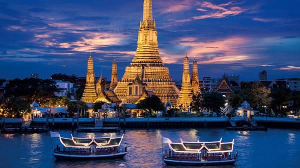 Vẻ đẹp của Bangkok về đêm. Ảnh: bangkok.peninsula.com