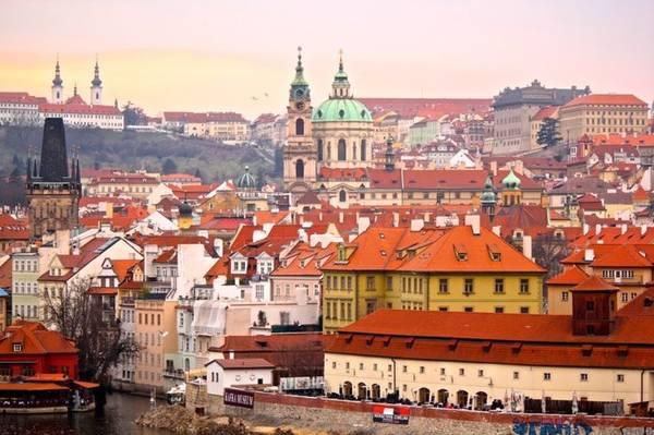 Prague được mệnh danh là thành phố cổ kính nguyên vẹn nhất châu Âu. Ảnh: worldofwanderlust