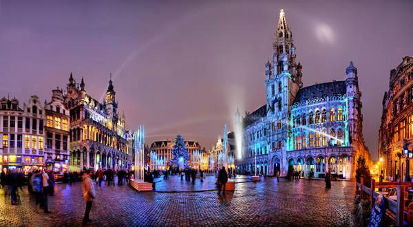 Đặt chân tới Brussels, du khách sẽ bị mê hoặc bởi những công trình kiến trúc độc đáo . Ảnh: forrentinbrussels.com