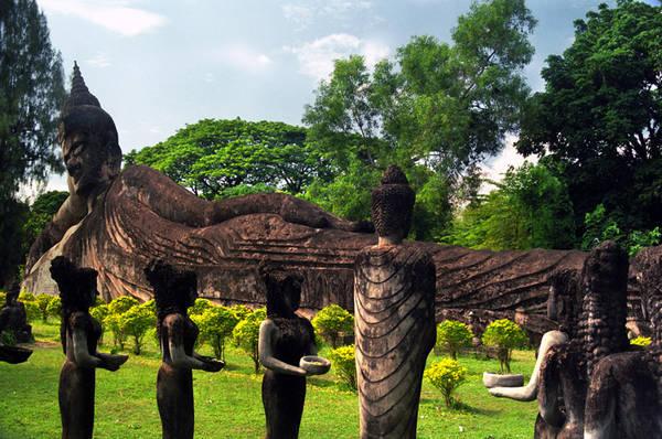 Buddha Park (Vườn tượng Phật) ở Xieng Khuan nằm cách Viên Chăn 25km về phía Đông Nam.Ảnh: Snipview.com